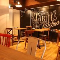 ≪テーブル≫海外カフェを参考にした空間*お洒落ながら落ち着いた雰囲気が心地良い…