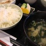 串匠 - ご飯とお味噌汁・お漬物
