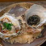寿司栄 - 2018.8 天草岩牡蠣の稚貝 葱ポン酢、岩牡蠣の稚貝炙り キャヴィア乗せ