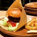 TSUCHIYAMA COFFEE - 料理写真:ハンバーガー&ポテト