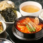 韓国バル ハラペコ - スンドゥブチゲ定食