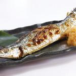 秋刀魚と舞茸の釜飯