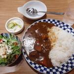 炙り牛たん万 - 煮込み牛タンカレーセット ¥1080+税