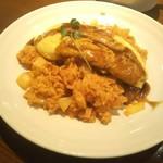 コスモス - 料理写真:洋食屋のオムライス!ライスはチキンでなくハムと玉ねぎのみ