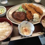91750295 - あじバーグ(アジフライ&ハンバーグ)定食 890円