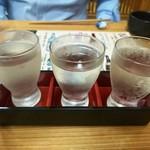 91750806 - 日本酒三種飲み比べ千円、全て秋田のお酒
