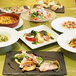 イニッツィオ - 3500円シェアコースのお料理です。変更可能ですので、ご希望が御座いましたら、お申し付けください。