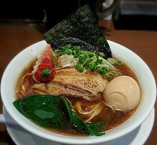 山麺 - 【魚だしの中華そば + 煮玉子】¥750 + ¥100