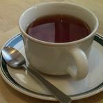 パンとエスプレッソと 南森町交差点 - 紅茶