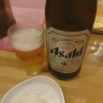 91766238 - ラーメンに瓶ビールって最高ですね