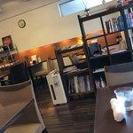 スリア コーヒー - お店の内観です