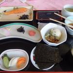 ロッテ皆吉台カントリー倶楽部 レストラン - ある日の朝食(和定食)