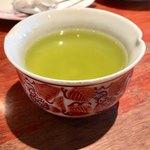 91770507 - 食後は緑茶のサービス(^_^)