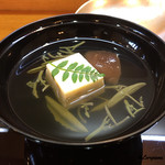 八重さわ - 海胆豆腐の吸物