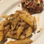 Osteria TiaLoca - ミートソースパスタとワインリゾット