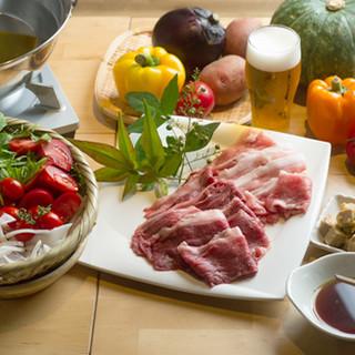 都野菜バイキングに追加出来る「特選肉オプションメニュー」