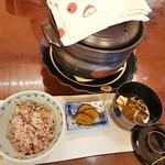 あんだん亭 - 栗と雑穀米/いぶりがっこ/お吸い物