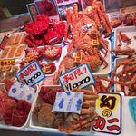 道の駅 知床・らうす - 料理写真:魚介類や昆布のお店が並んでいます