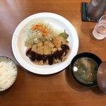 お多福食堂 - とんかつ定食1250円