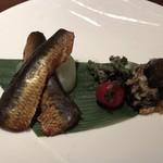 JOE'S SHANGHAI NEWYORK - 鰯の燻製と2種の前菜盛り合わせ