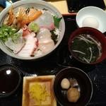 91789133 - 海鮮丼ランチ760円