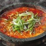 空とぶ豚 - メニュー写真:韓国のモツ鍋です。