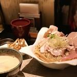 91790897 - 鶏つけsoba(大)➕肉盛り増し