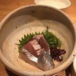 和食と炭火焼 三代目 うな衛門 - 鰹、真鯛、縞鰺、新秋刀魚