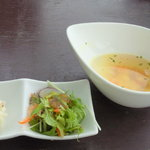 ディッシュ - ランチメニューのサラダ&スープ