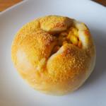 ブーランジェリー ラ・テール - コーンクリームもちもちパン