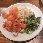焼肉×バル マルウシミート - キムチ&のナムルの盛り合わせ