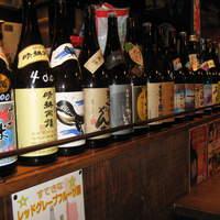 福福福屋 - 鹿児島からやってきた30種類以上の焼酎たち