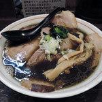 ラーメン屋 切田製麺 - 黒正油チャーシュー麺