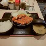 松のや - 料理写真:ロースかつ&ササミかつ定食(\680)
