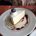 91814077 - レアチーズケーキ。