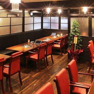 こだわりの空間で楽しむ厳選肉…個室5~8名様OK!!