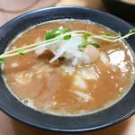 ◯平ラーメン - 鶏そば麺少なめ+煮卵