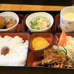 バンブー - 料理写真:これにドリンク付きで700円