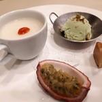 礼華 - ピスタチオアイス パッションフルーツ 杏仁豆腐 ゲンペイ