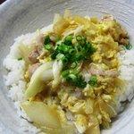 桧垣食堂 - 親子丼500円