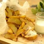 山盛りポテト 塩バター風味