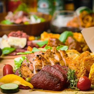 こだわりの食材を使用した肉バル料理は絶品♪