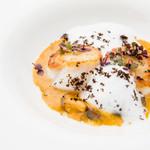 ビストロ・ダルテミス - 帆立のポワレ、キノコと卵のソース トリュフの風味