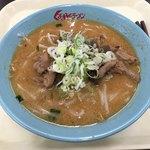 くるまやラーメン - 料理写真:もつ煮味噌ラーメン(880円)
