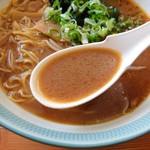 どさん子大将 - 十分辛めのみそスープ・・(香ばしい風味もいいね!)