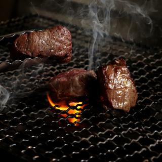 じっくりと丁寧に焼きあげる『富山県産の黒毛和牛』が絶品!
