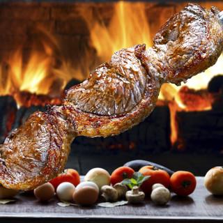 お肉と日替わり一品料理が楽しめるシュラスコガーデンコース