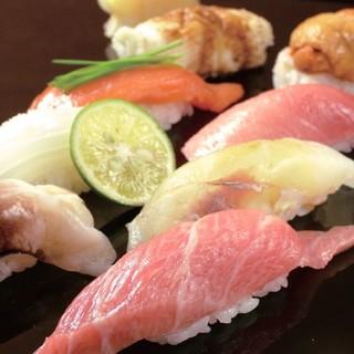 【昼限定メニュー】特上ネギトロ江戸まぶしや極上鮨を味わう!