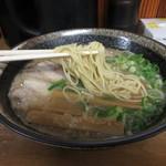 91864821 - 東京から取り寄せる中細ストレート麺