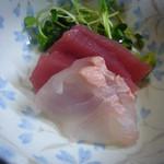 とり福 - 料理写真:刺身2種盛